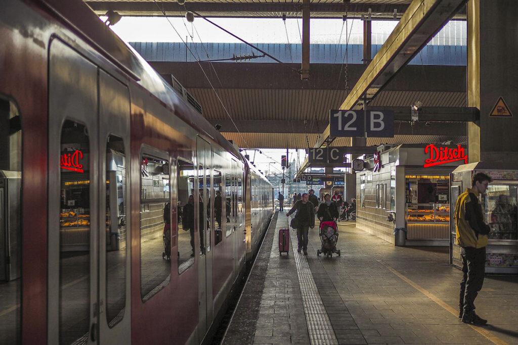 Bahn Kinder
