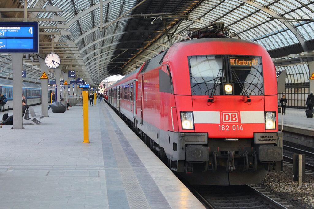 Deutsche Bahn Kinder